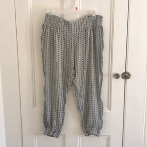 O'Neill Capri pants